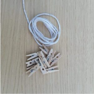 touw-en-knijpertjes-hout